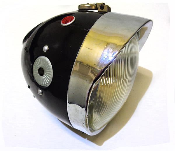 LAMPA Z KLOSZEM PRZOD K750 M72 DNIEPR